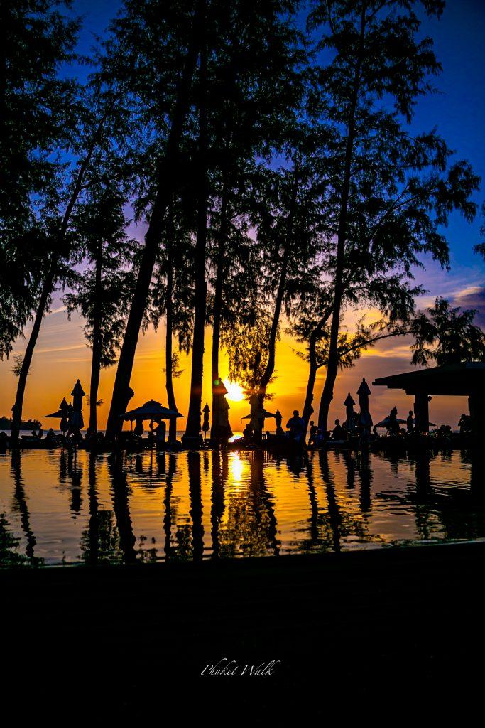 カマラビーチ夕日